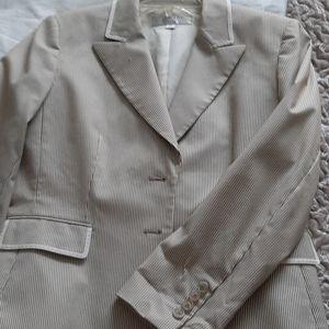 Tahari women's brown/white striped blazer